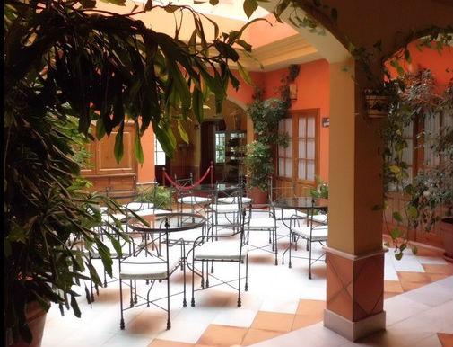 La garrocha plaza peque a 8 grazalema - Hotel puerta de la villa ...