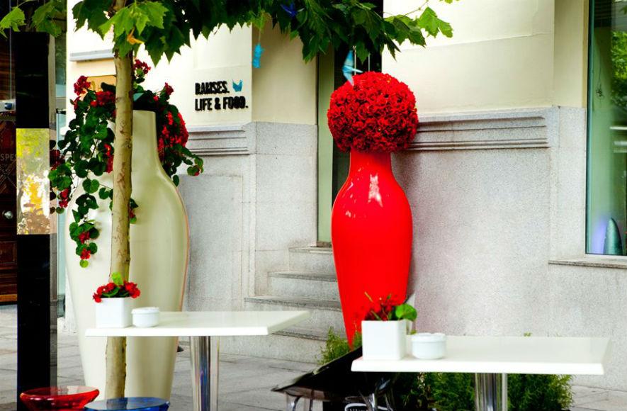 Ramses Life Food Madrid Terraza