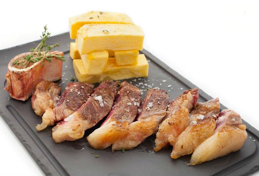 Restaurante Alcocer42 Platos Entrecot con Patatas