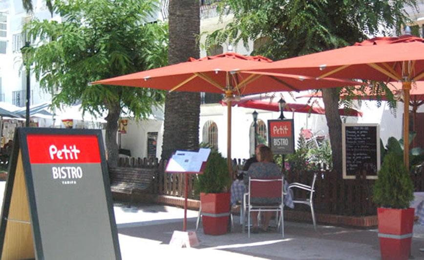 Restaurante Petit Bistro Tarifa Terraza