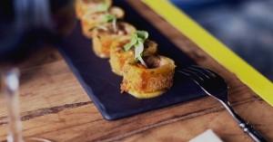 Flamenquines de calabaza, queso y pollo