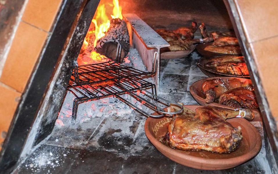 Restaurante Fonda Caracoles Lerma Lechazo