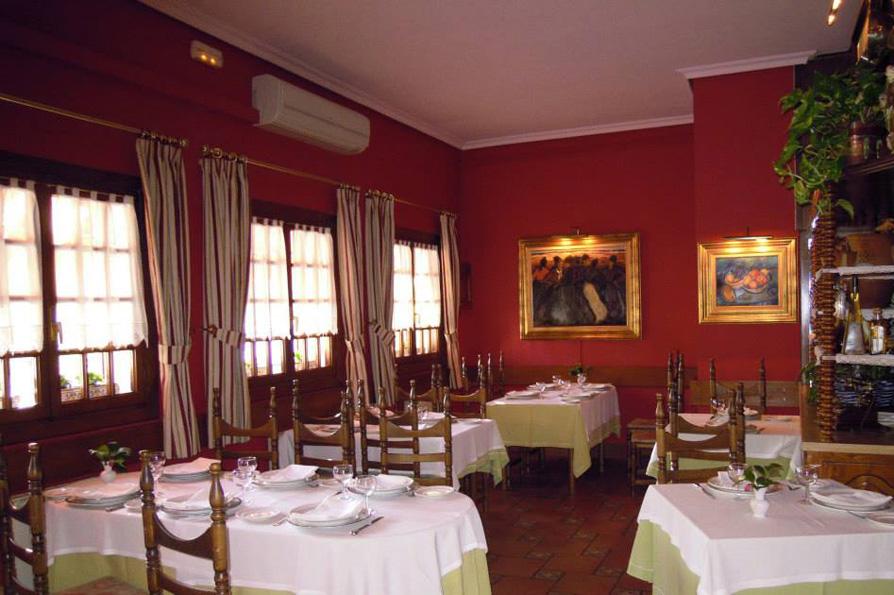 Restaurante Santxotena Elizondo Comedor