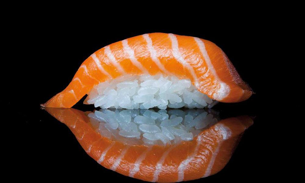 Sushi de salmón en Miss Sushi Alcalá