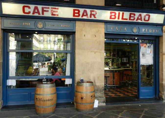 Bilbao Cafe Bar Bilbao Fachada