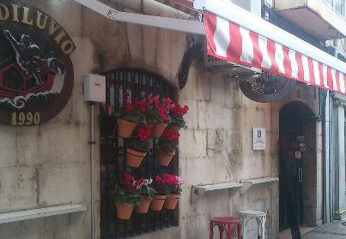 El Diluvio Bar Santander Pinchos