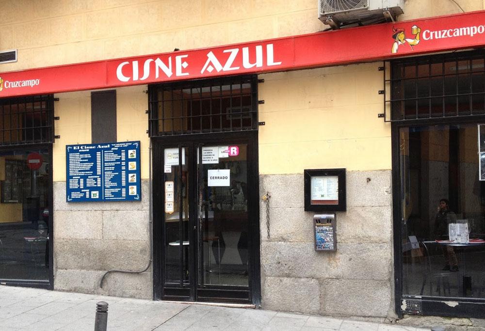 EL CISNE AZUL