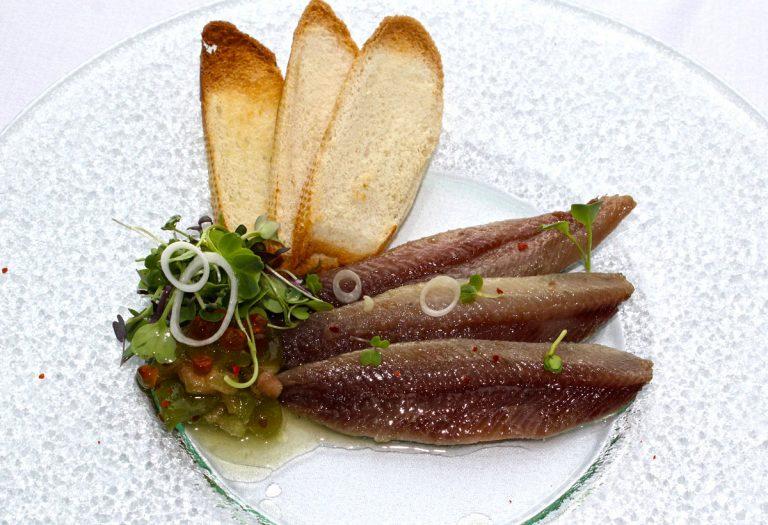Lomo de sardinas en aceite