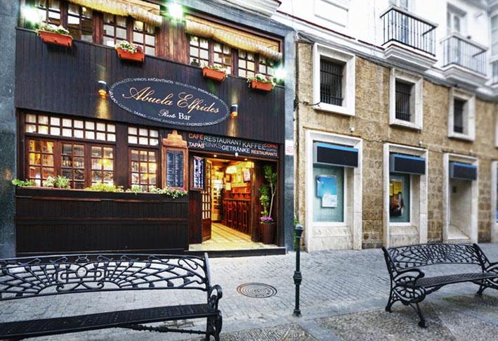 Restaurante la Abuela Elfrides Cadiz fachada