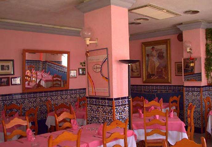 Restaurante La Fondue Cadiz Comedor