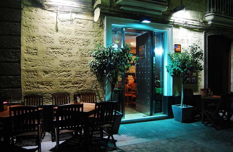 Restaurante La Perola Cadiz Terraza