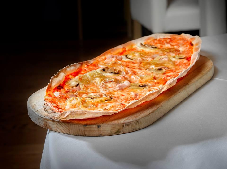 Pizza fragola