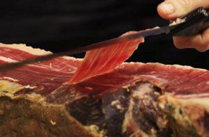 Iberian acorn ham (cut by hand)