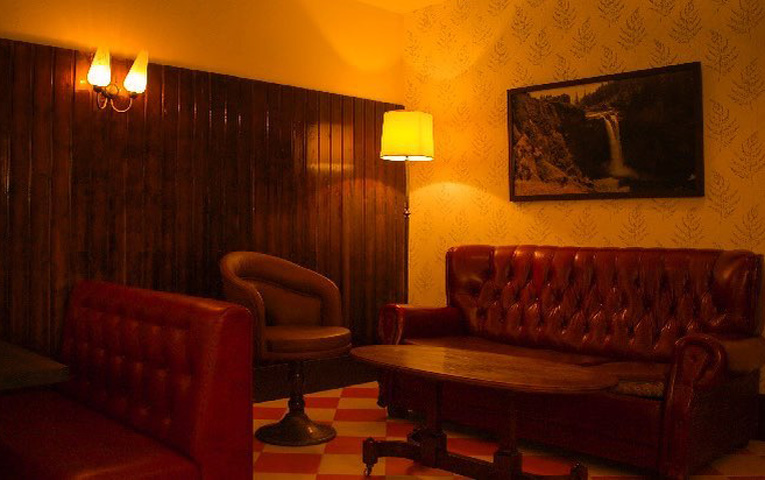 Estupenda Cafe Bar Madrid Cocteles